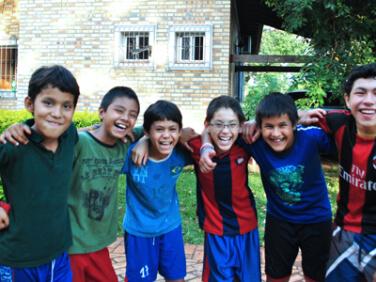 Un partenariat mondial pour mettre fin à la violence envers les enfants
