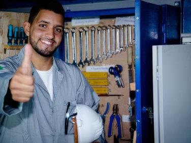 Coopérer pour l'insertion des jeunes en Méditerranée. La formation professionnelle: une voie d'avenir!
