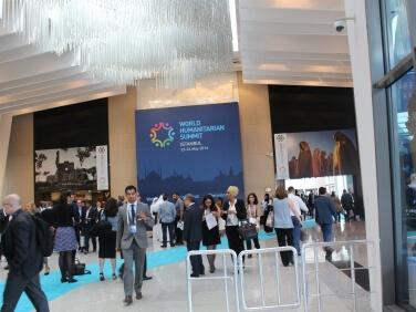 Sommet humanitaire mondial : une première étape nécessaire mais éloignée des enjeux