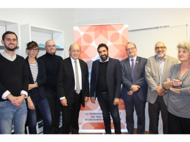 Jean-Yves Le Drian au siège de Coordination SUD : le point sur la rencontre