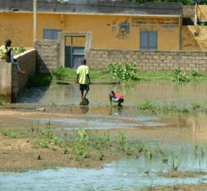 Des solutions pour améliorer durablement l'assainissement à Brazzaville