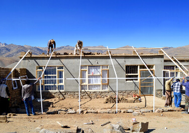 Trois ONG agissent avec les habitants des montagnes afghanes