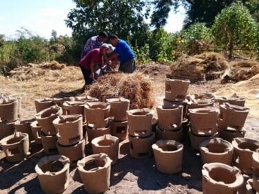 Myanmar, des cuiseurs améliorés pour lutte contre la déforestation