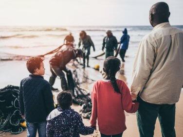 TRIBUNE: Débat parlementaire sur l'immigration, le FORIM dit stop aux idées reçues sur les migrant e.s