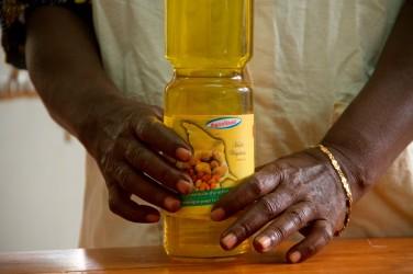 Trois guides pour la transformation agro-alimentaire motorisée au Bénin – Geres